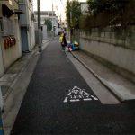 日本の親はいつまで子どもだけで登下校させる気でいるの?松戸市女児殺害事件を受けて元教員が考える通学路における4つのリスク